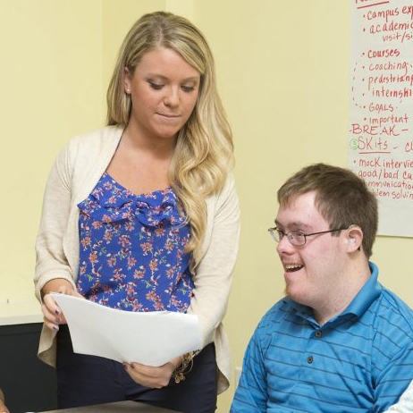 Student Lauren Hennessey, CEHD, volunteers with the CLSC to help mentor young adults with disabilities at the CDS.