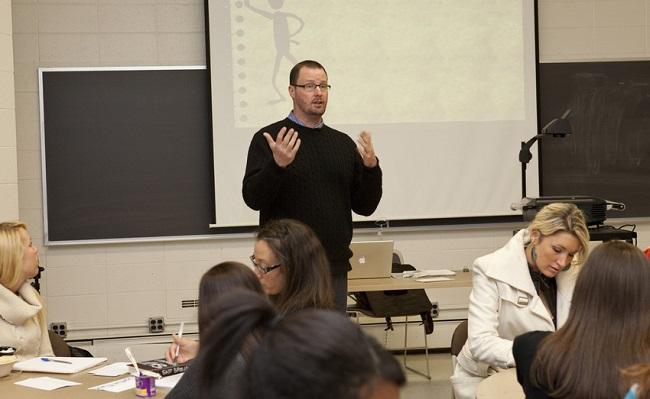 Dr. Bill Lewis teaching class